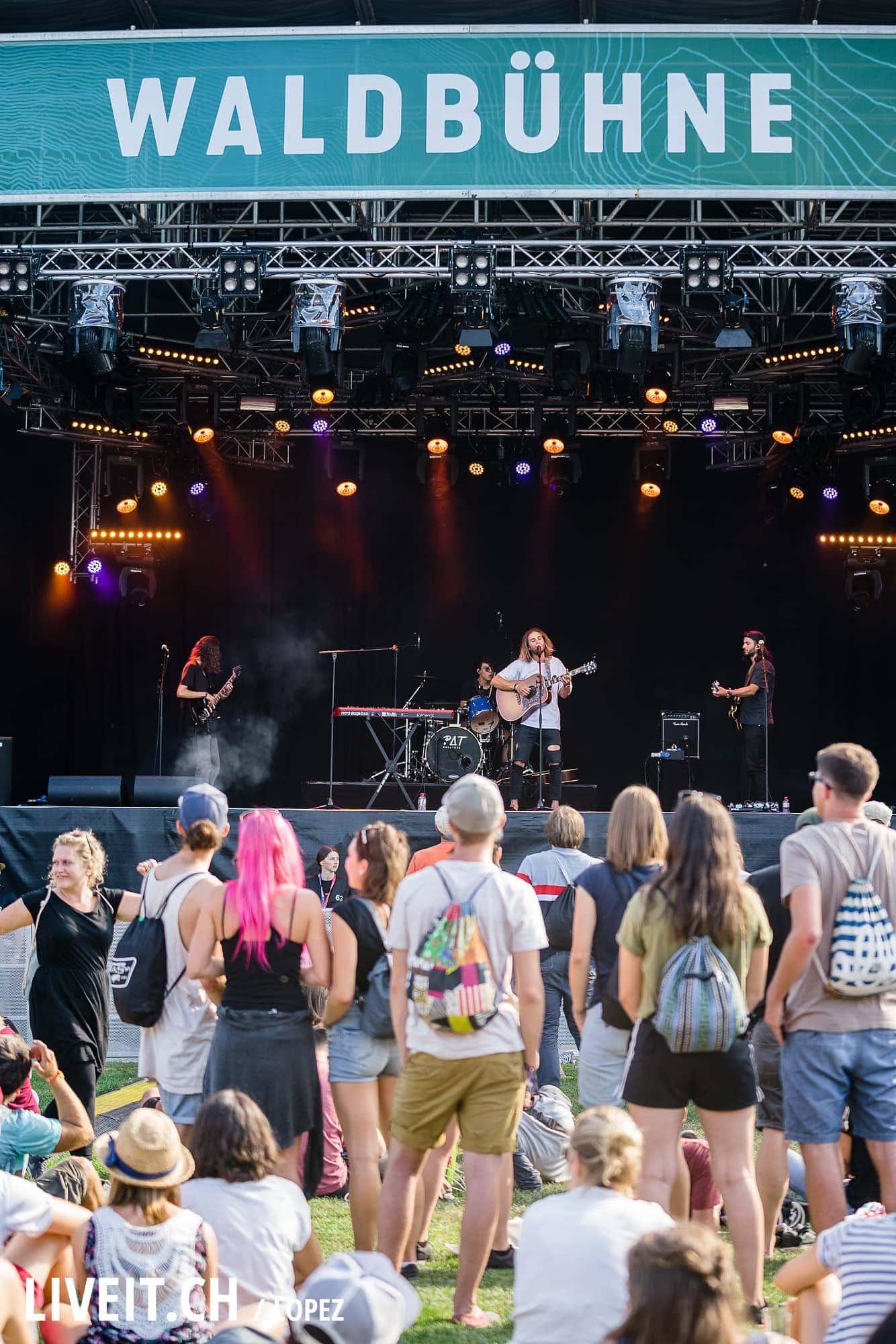 Pat Burgener fotografiert am Gurtenfestival 2018 in Bern. (Manuel Lopez for Gurtenfestival)