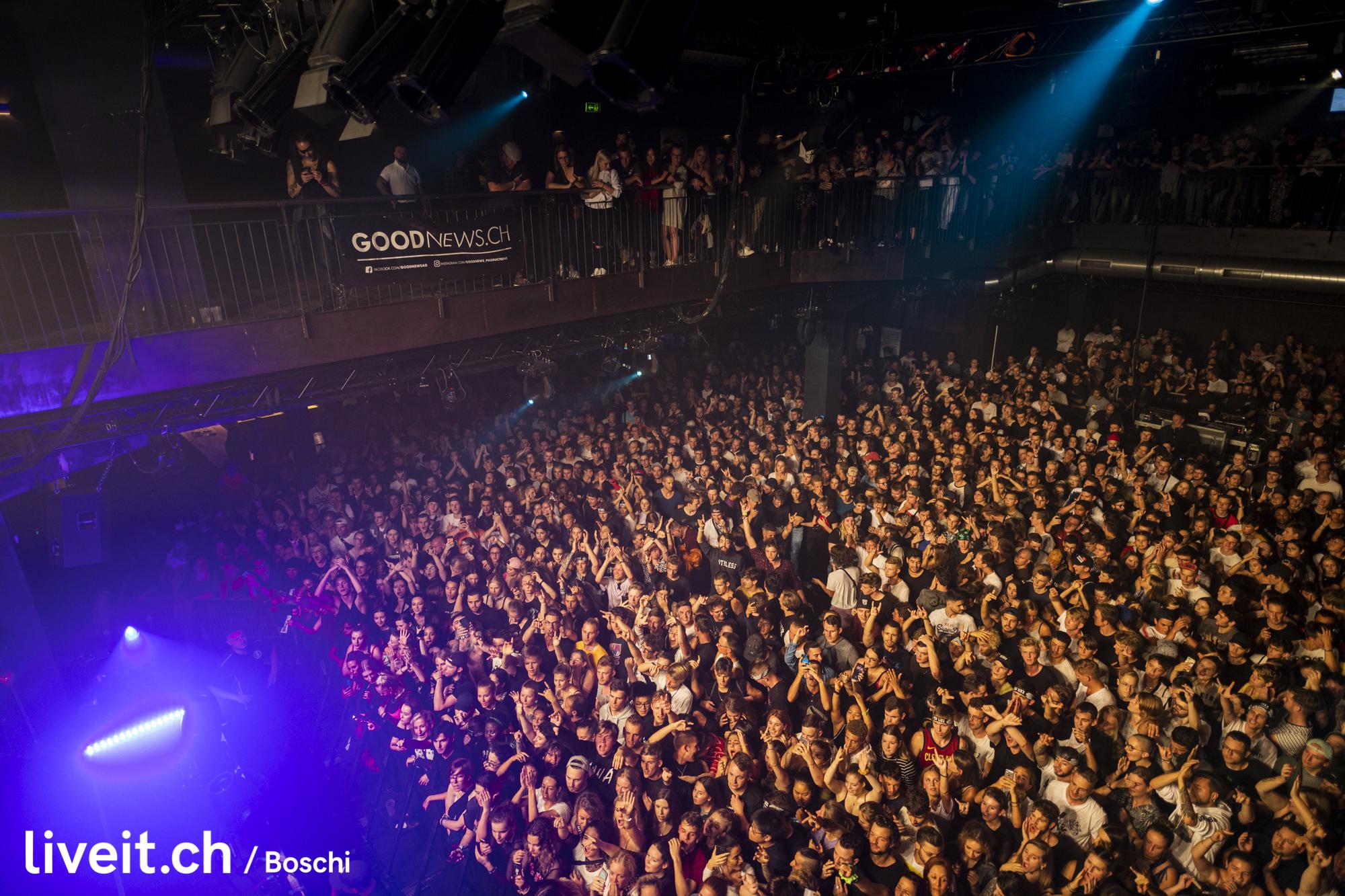 Clubshow Machinegunkelly im Komplex457 Zürich (liveit.ch/boschi)