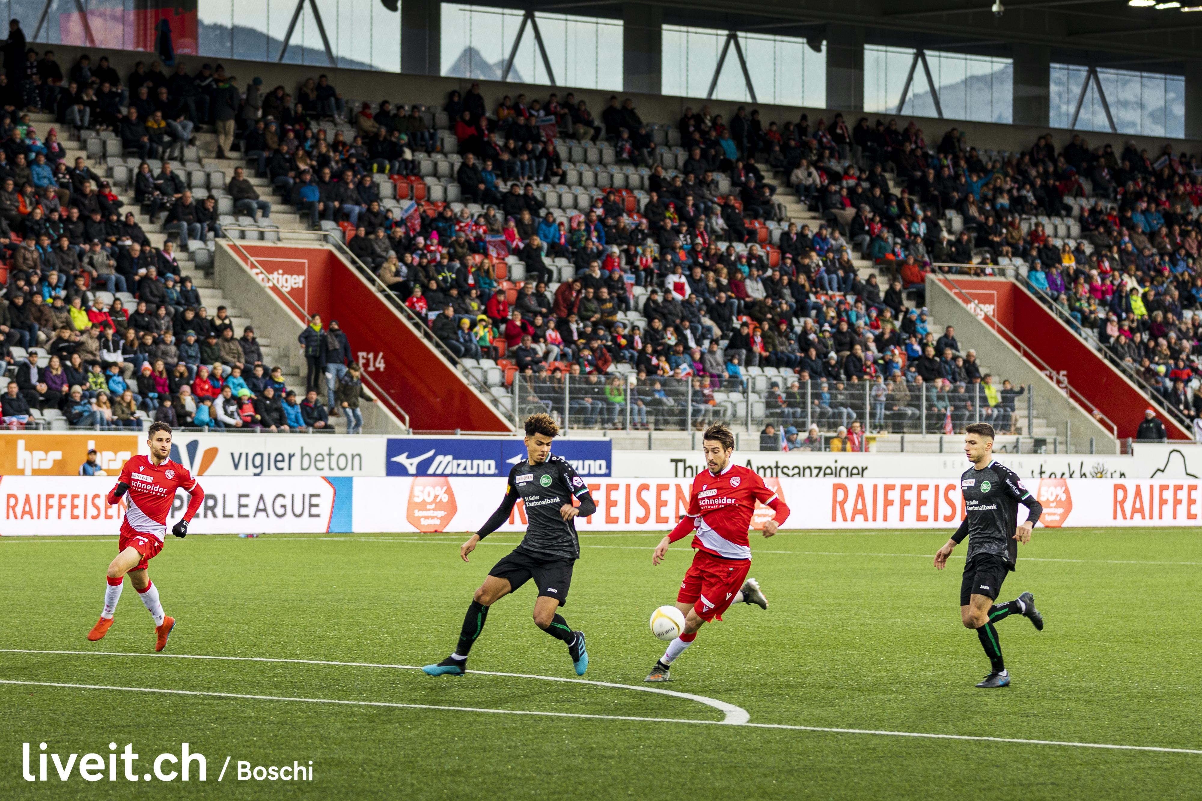 Fussballmatch Fc Thun vs. St.Gallen in der Stockhorn Arena Thun. (liveit.ch/boschi)