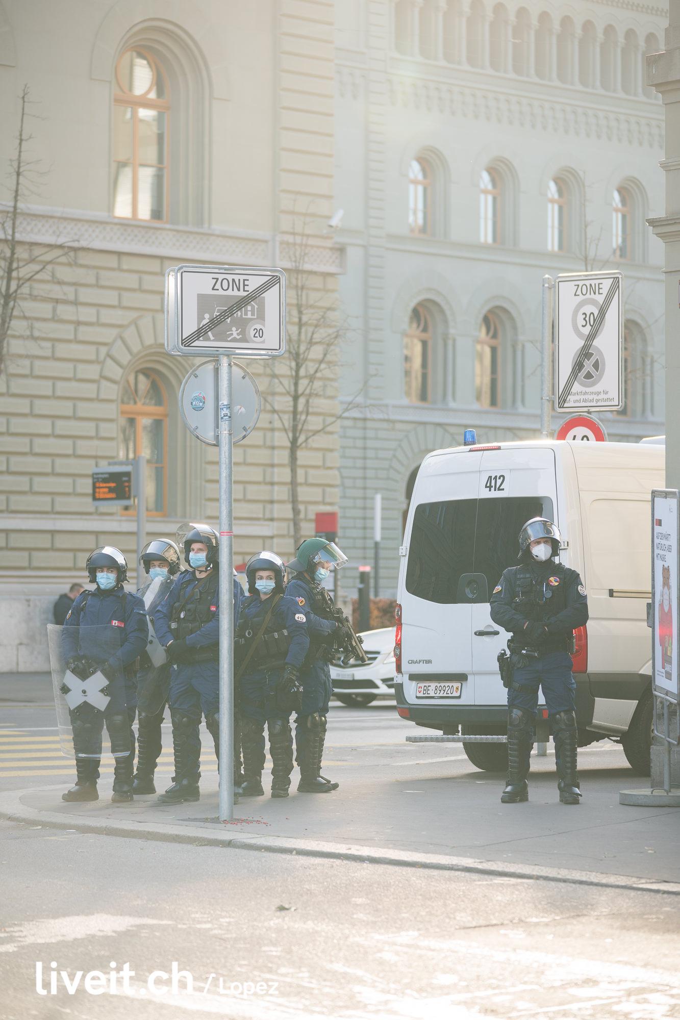 Bern bleibt Nazifrei Demo